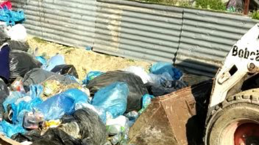 waste management of camp Moria