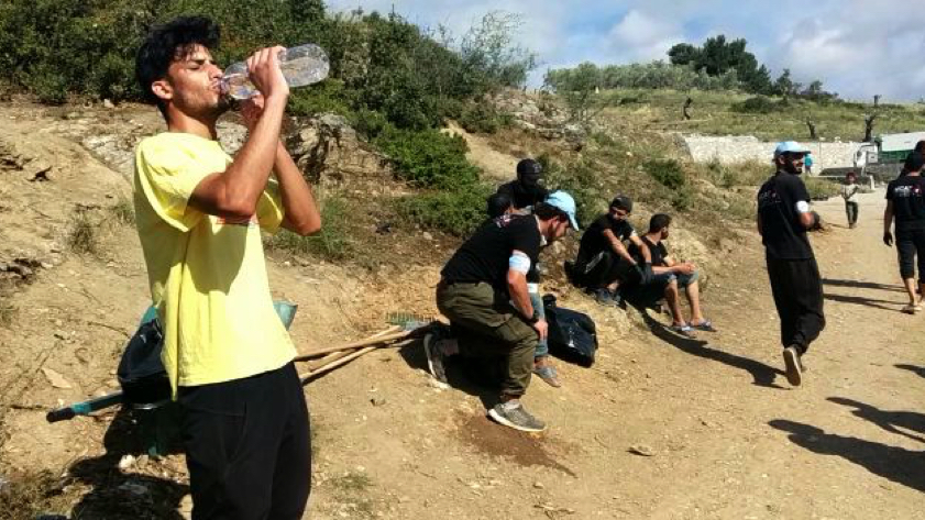 Moria Corona Awareness Team cleaning Camp Moria